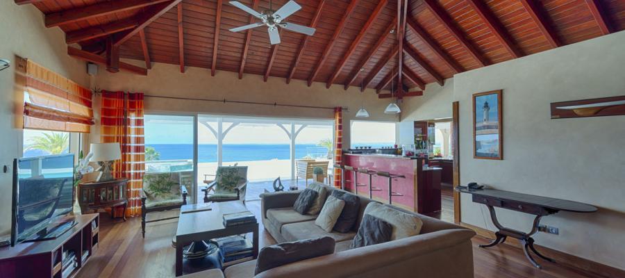 Villa Dream In Blue   Living Room