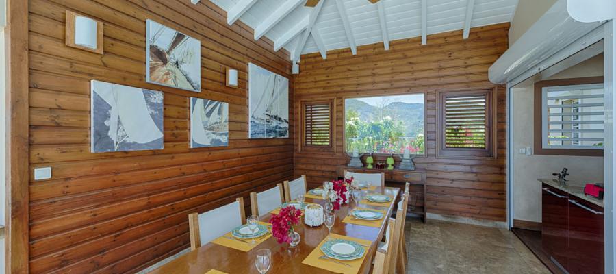 Villa Dream In Blue   Kitchen Dining Room