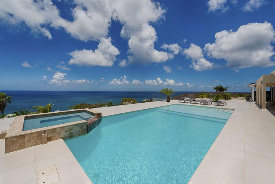 Villa Dream in Blue Pool and Terraces